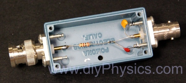 diy low pass filter interface between photomultiplier scintillation probe amplifier and PRA by David Prutchi Ph.D. www.diyPhysics.com